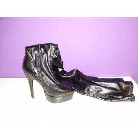 Botas Gaga negras 60cm largas (38.5)